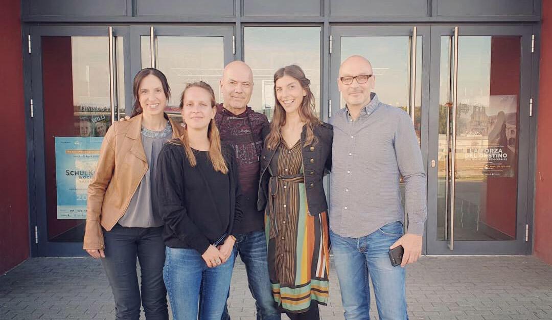 Autor und Produzent Andreas Purucker (rechts) mit Filmteam